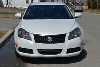 Suzuki Kizashi 2011 ****Vente rapide**** Excellente condition