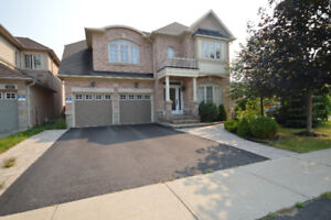 Spectacular Vaughan Home With Finished Basement Apartment