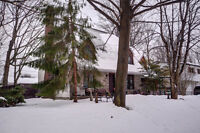 4+2 bedroom Canadiana w/ garage & pool - Open house Sunday 2-4pm