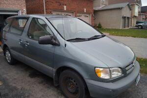 2000 Toyota Sienna CE Minivan, Van Kitchener / Waterloo Kitchener Area image 1