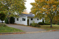 GREAT STARTER HOME CLOSE TO SCHOOLS