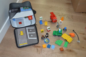 Lego Duplo - Police Station in a backpack
