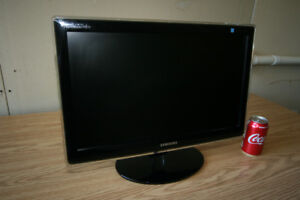 """Samsung SyncMaster P2270 22"""" Widescreen LCD Monitor"""