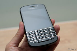 BLACKBERRY Q10 UNLOCKED like NEW CONDITION $149 ONLY!!!