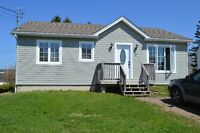 3 bedroom cottage minutes from parlee beach