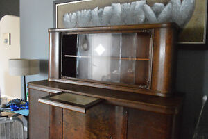 Antique Sidebar and Hutch