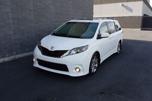 2014 Toyota Sienna SE Minivan - Great Deal!! Winter Tires Also!!