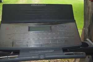 PRO-FORM Competitor CS TREADMILL Kitchener / Waterloo Kitchener Area image 2