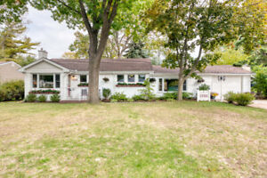 Charming Northend Bungalow with Garage and Basement For Sale!