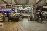 Café Bistro dans la station de métro Berri-UQAM 80000$