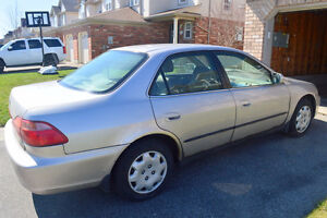 1998 Honda Accord LX 4 Door, 2.3 L, Auto, Air, 4 Cyl  - $1700