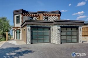 EXECUTIVE HOME FOR SALE IN SUNNY PENTICTON