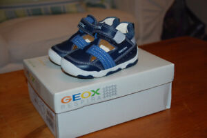 Geox Toddler Shoes - BNIB - size 4