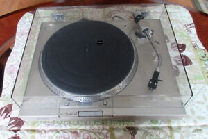 Sony Turntable with High Fidelity Cartridge