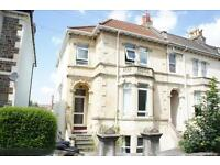 2 bedroom flat in Belmont Road, St Andrews, Bristol, BS6 5AR