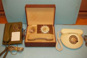TÉLÉPHONES à ROULETTES, LOT de 3 ANCIENS MODÈLES