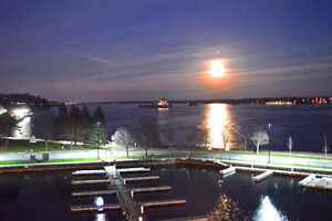 Brockville, Water Front Luxury 3 Bedroom 1850 Sq Ft Condo & dock Kingston Kingston Area image 8