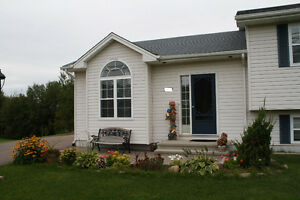 Dover Road Dieppe 5bdr +  Beautiful Single family house