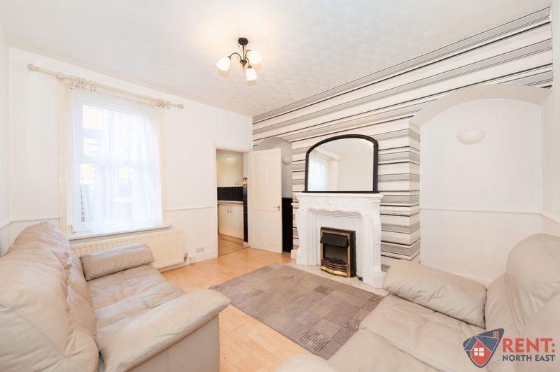2 bedroom flat in Jervis Street, Hebburn, NE3