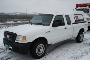 2006 Ford Ranger white Pickup Truck