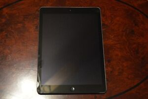 Apple iPad Air 32 GB WiFi Space Grey *** MINT CONDITION!!! ***