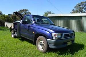 2000 Toyota Hilux Ute Pambula Bega Valley Preview