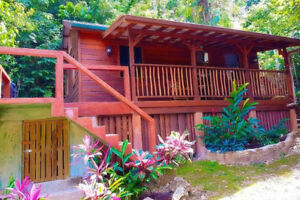 Fall Rate Special for 3 Bedroom Bungalow in Belize!