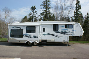 2008 Jayco 5th Wheel (Top pf the line) 40'