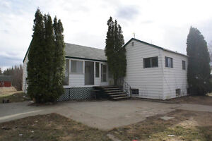 Bruderheim Acreage with tons of potetial!  565040 RR 203