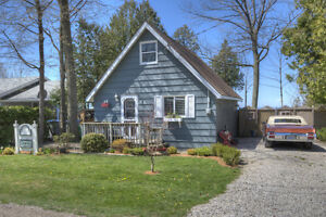 Lakefront Cottage central to Goderich / Bayfield on Lake Huron