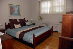 Fully Furnished3 Bdrm in Uptown Avail Sept 1