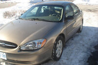 call only,2002 Ford Taurus tres propre mecanic a1