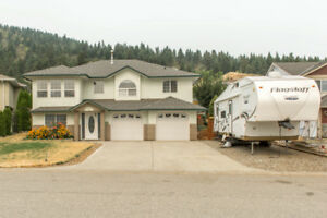 1802 Skyview Crescent, Lumby - fabulous 4 bedroom home!
