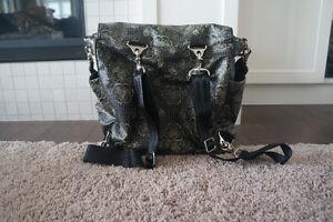 ** PETUNIA PICKLE BOTTOM Boxy Backpack Diaper Bag ** Windsor Region Ontario image 2