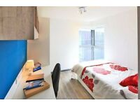 En-suite, student studios available in Kingston now. All bills included!