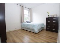 Beautiful room 3 minutes to East Acton Station, ALL BILLS INC
