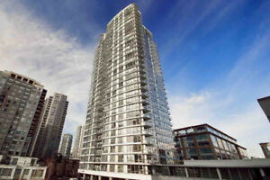 TRENDY YALETOWN FULLY FURNISHED 1 BEDROOM, DEN, PLUS PARKING