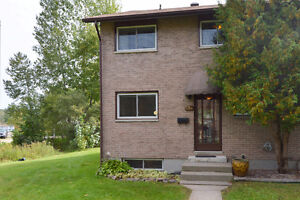 New Listing!! 384 Wickstead Ave