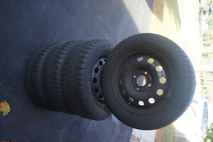 185 65 R14 Snow Tires with Rims