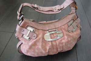 QUESS PURSE - PINK Limited Edition bag