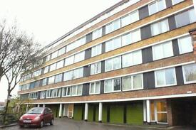 3 bedroom flat in High Kingsdown, Kingsdown, Bristol, BS2 8DF