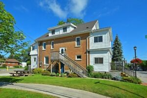 Large 4 bedroom Apartment in Alliston