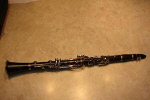 Selmer CL200 Wood Clarinet