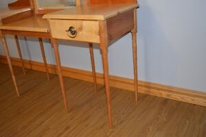 Hand Crafted Dressing Table Windsor Region Ontario image 2