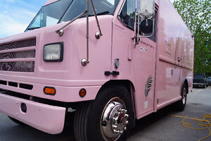 Food Truck & Food Trailer Sales. Experienced Professional needed