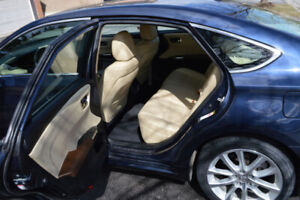 2014 Toyota Avalon Lmtd - Premium package, Low Kms, no accidents