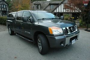 2012 Nissan Titan CANOPY, ELE BRAKE, RUNNING BOARDS