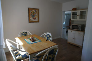 Small House fully furnished with waterfront Belleville Belleville Area image 5