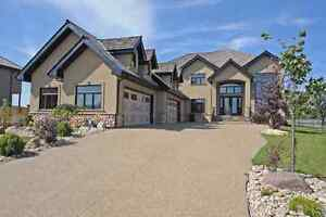 Gorgeous 4000+sqft home next to golf course and major  services