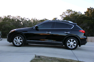2010 Infiniti ex35 *LOW KMS**  private sale